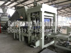 Blind-hole brick machine production field